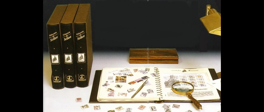 "Collection ""España Monumental"" and philatelic items"