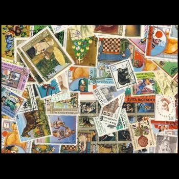 100 sellos matasellados diferentes de todo el mundo.             (Ref.024)