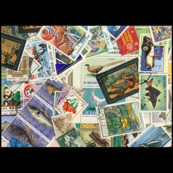 100 sellos matasellados diferentes de todo el mundo.             (Ref.043)