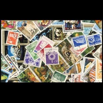 100 sellos matasellados diferentes de todo el mundo.             (Ref.047)