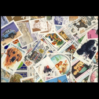 100 sellos matasellados diferentes de todo el mundo.             (Ref.055)
