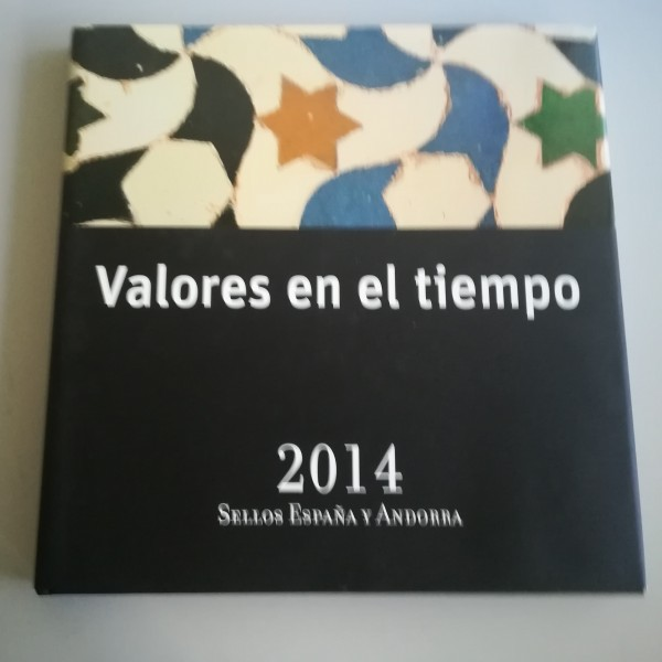 LIBRO DE CORREOS DE ESPAÑA  Y ANDORRA 2014 SIN SELLOS